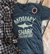 MOMMY SHARK VNECK HEATHER NAVY TSHIRT 2XL & 3XL