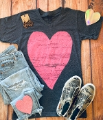 DISTRESSED HEART HEATHER NAVY VNECK TSHIRT SMALL $7.50