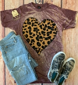 LEOPARD HEART BLEACHED WINE CREW NECK SIZE 2XL $12
