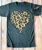 LEOPARD HEART GRAPHITE CREW NECK SIZE SMALL $7.50