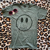 TEXAS HAPPY FACE CHARCOAL TSHIRT SIZE 2XL $9.50